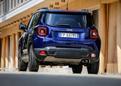 Jeep-Renegade_05