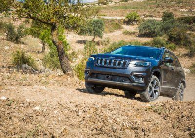 Jeep_Cherokee_09